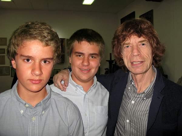 Fernando y Gilles de Trazegnies Larco con Mick Jagger. Lima, 2012