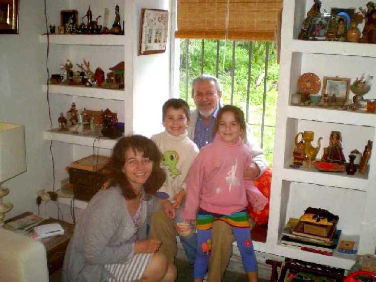 Con Carminita y los niños. Sevilla, 2011